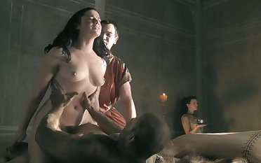 Jessica Grace Smith sex scenes in ' Spartacus: Gods Of The Arena '